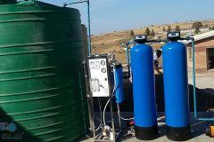 Media-Filtration-Vessel-With-Clean-Water-Storage-Tank