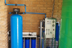 300-LPH-Purification-System-With-Activated-Carbon-Vessel-TBB-Micron-System-And-Storage-Tanks-Klerksdorp-Ice-Suppliers